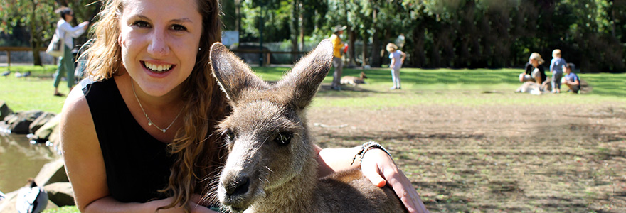 Exchange student at animal sanctuary in Australia